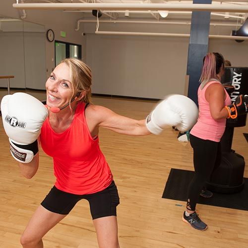lady kickboxing at Columbia Gym